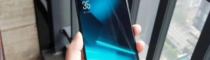 Elephone PX: un po' Oppo Find X, un po' Vivo NEX ed un po' Huawei P20 Pro – (Foto)