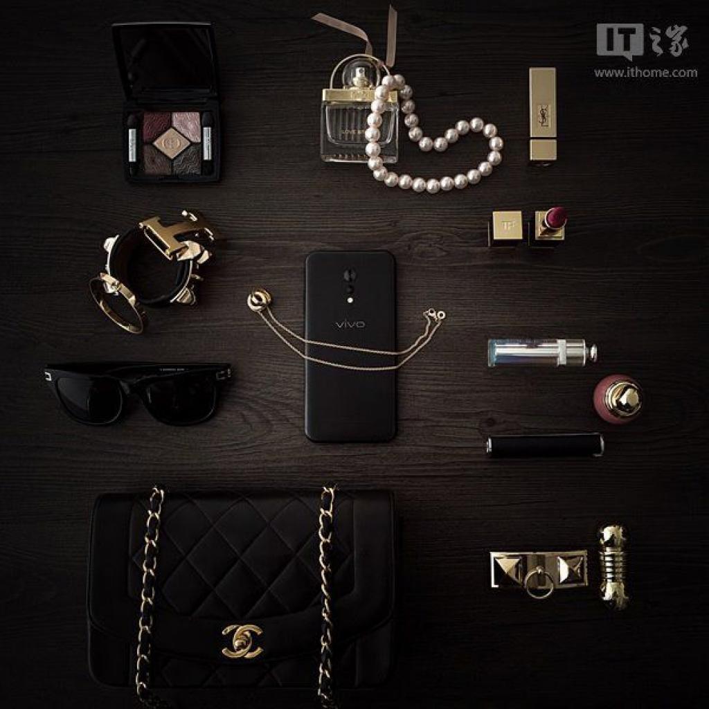 Vivo-XPlay-6-Matte-Black-Edition-6